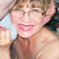Carmen nympho 63 ans, a envie sucer une jeune bite
